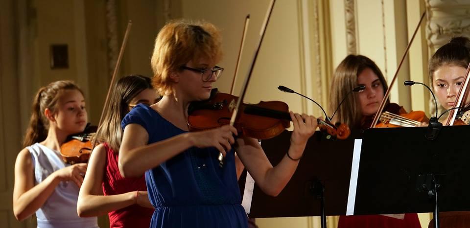 Orchestra Junior-Festivalul-Enescu-si-Muzica-Lumii (2)