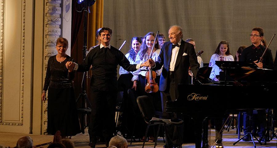 Roxana-Gheorghiu_Valentin-Gheorghiu_Cristian-Orosanu_Orchestra-Junior_2
