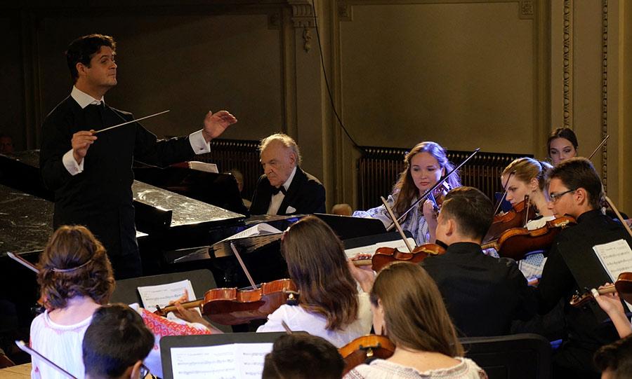 Valentin-Gheorghiu_Cristian-Orosanu_Orchestra-Junior_1