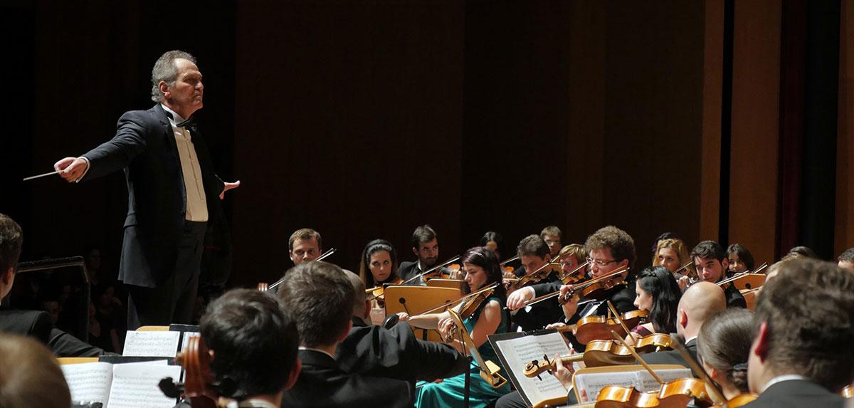 Orchestra-Romana-de-Tineret_Cristian-Mandeal_Istanbul3