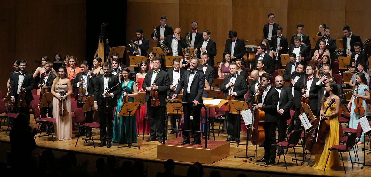 Orchestra-Romana-de-Tineret_Cristian-Mandeal_Istanbul4