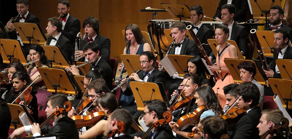 Orchestra-Romana-de-Tineret_Cristian-Mandeal_Istanbul5