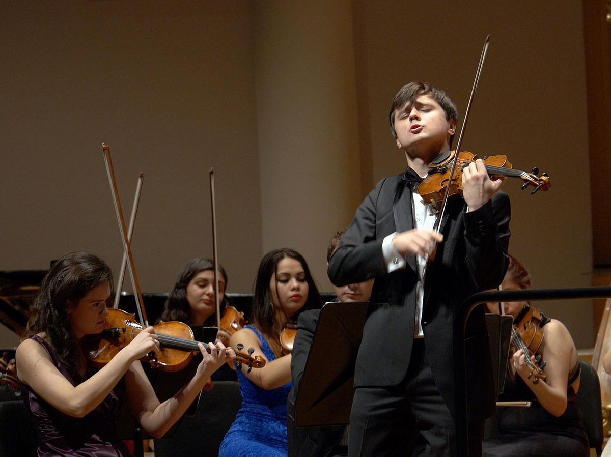 Orchestra Romana de Tineret_Aleksey Semenenko